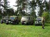 A Land-Rover will hardly be ashamed by the presence of Jeeps!