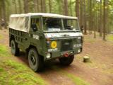 Land-Rover 101FC při vyjížďce