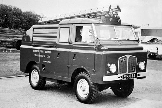 Dennis M, prototyp hasičského speciálu od firmy Alfred Miles