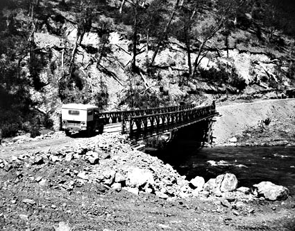 Bailey Bridge u Tumut Pond v r. 1951 - zdroj: NAA 4441450