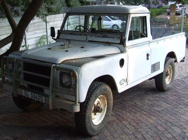 Land Rover IIIS R6