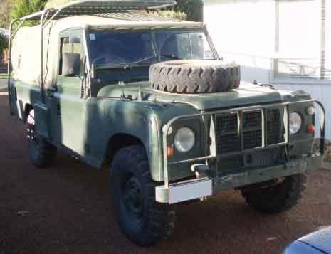 Novozélandský vojenský Land-Rover 109 V8