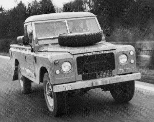 Land Rover 109 V8 Pickup