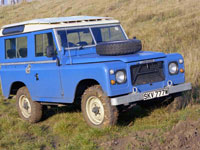"Land-Rover 88 V8 - krátký ""Stage One"""