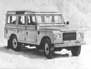 Land-Rover 109 V8 Station Wagon