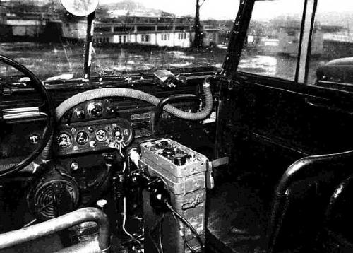 """Interiér první série Tempo Land-Rover (80"""")."""